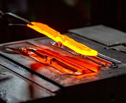 鉄 精密熱間鍛造